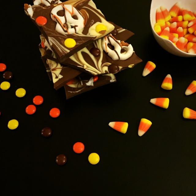 Fall Candy Bark - Sweetnsimpleblog