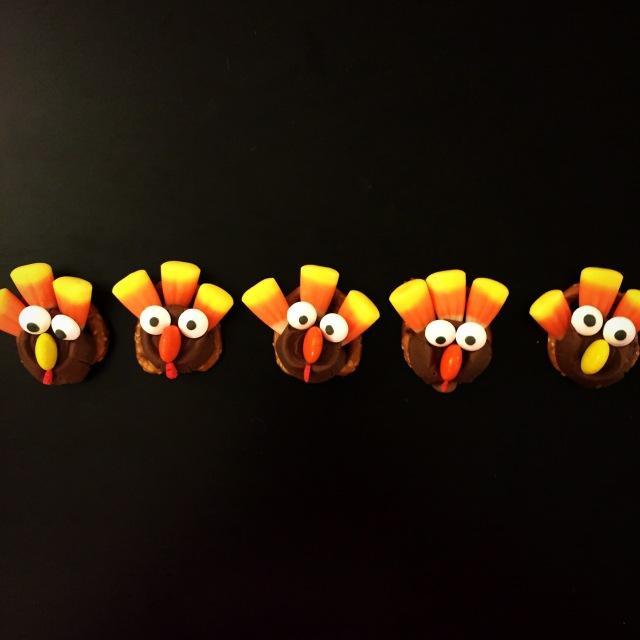 Turkey Pretzels - Sweetnsimpleblog