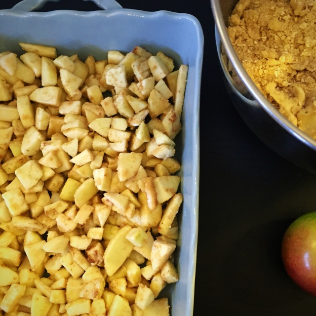 sweetnsimpleblog - apple crisp